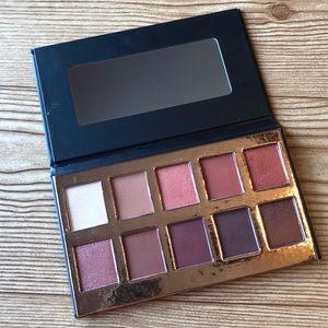 Crown pro eyeshadow palette
